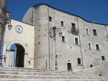 Al Castello Lancellotti di Lauro la Famiglia Addams