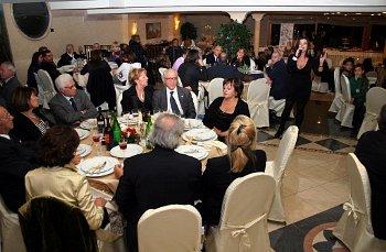 Campania, per i bar  la notte già viene accorciata, ecco l'ordinanza anticovid che interessa anche ristorazione
