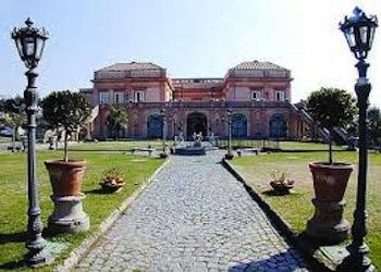La festa degli auguri dell'associazione Spaghettitaliani a Villa Signorini di Ercolano