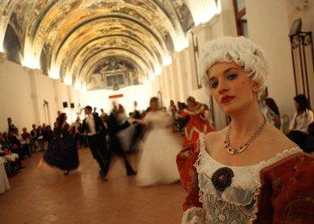 Annullato per lutto l'evento Giornate del Gusto e dell'Arte del '700 napoletano a Caserta
