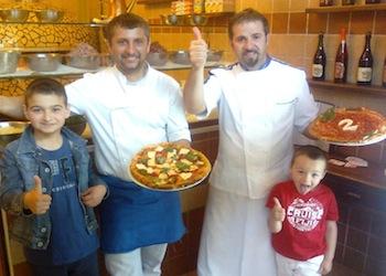Il Campione del Mondo di Pizza torna a Napoli per il 1° Maggio con la Pizza anticrisi