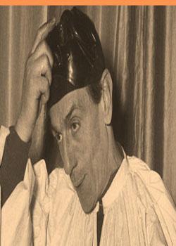 EDUARDO DE FILIPPO NELLE VESTI DI PULCINELLA TEATRO SAN FERDINADO 1954