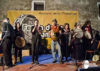 Ordinanza su Card Vaccinale in Campania, tornano cerimonie, wedding e spettacoli