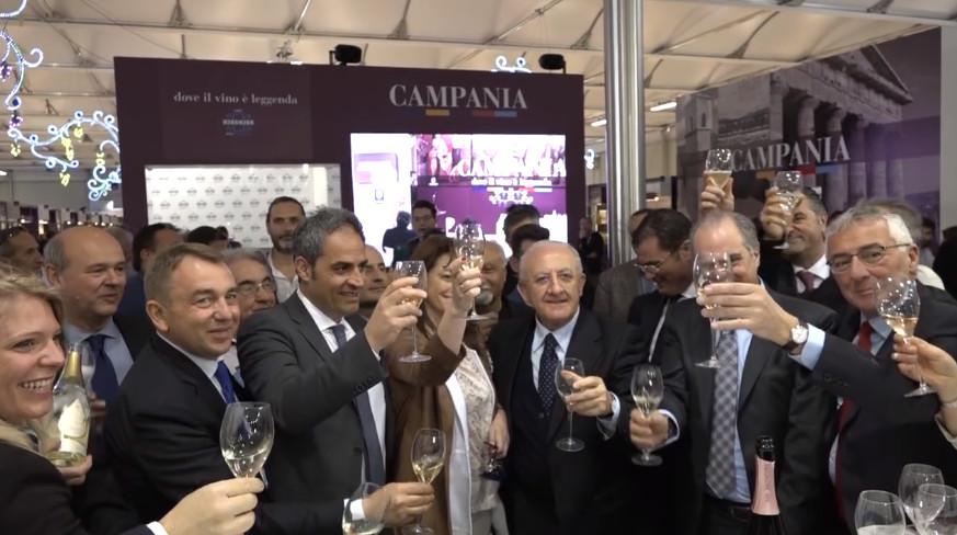 Vinitaly 2017, Governatore De Luca inaugura il padiglione campano