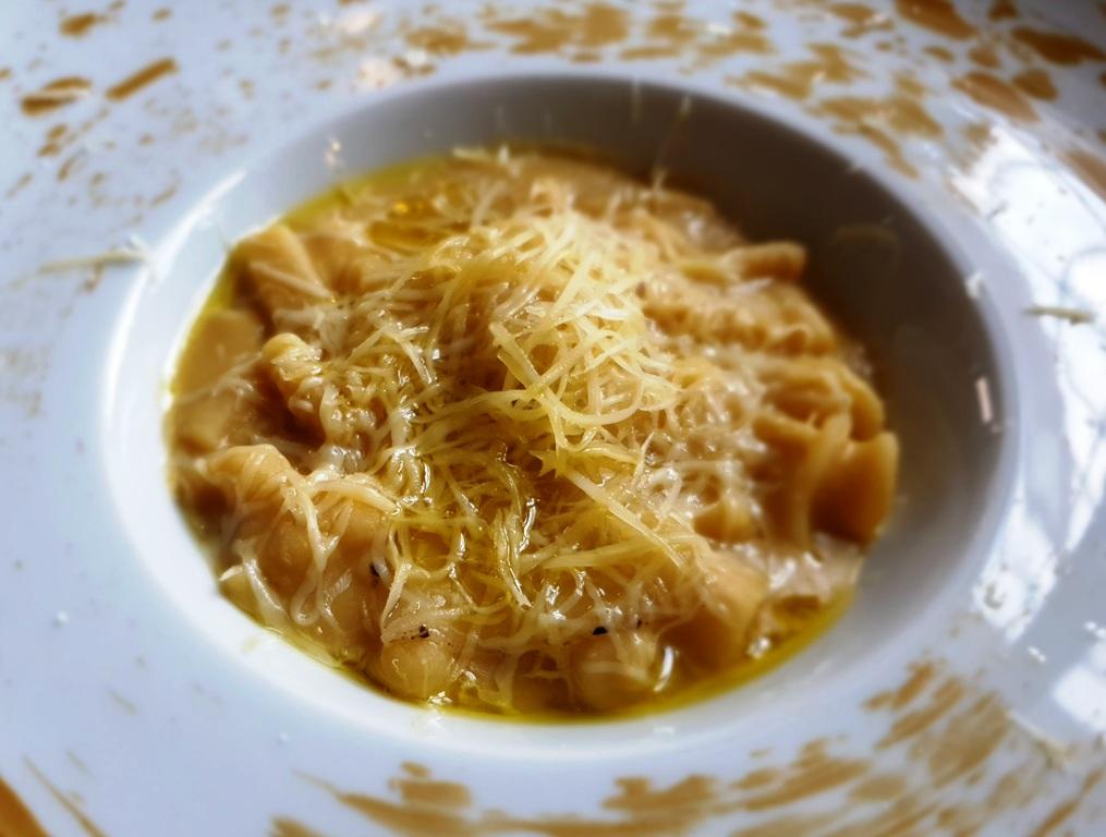 Pasta mischiata con crema di ceci di Teano