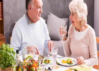 Adulti italiani sedentari e con poca frutta al sud, problema alcol a Nord