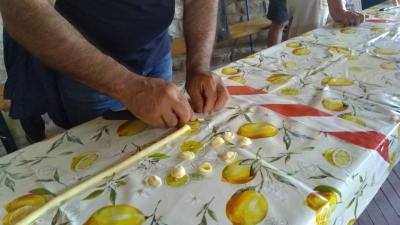 Trekking a Greci, comunità arbëreshë sulla via francigena