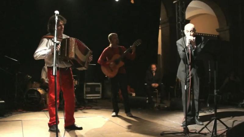 Le Feste al Massimo, 15 spettacoli natalizi online a Salerno