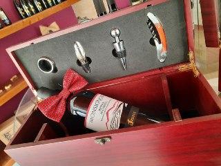 Luxury Box per papà sommelier, la proposta di Cantina Aminea