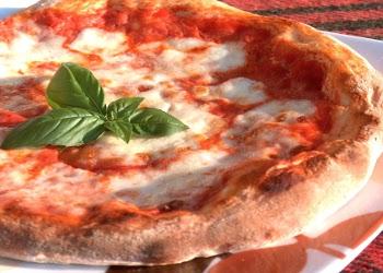 A Napoli Diego Aquino, dalla Pizza fritta al menù degustazione