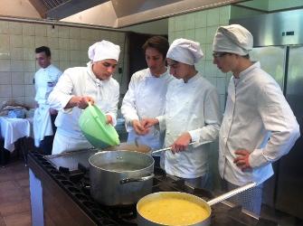 Federcuochi: circa un cuoco su tre è disoccupato