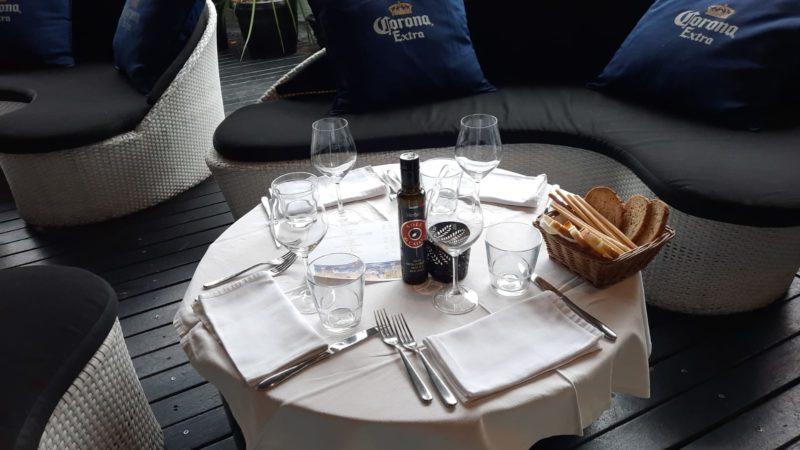 Sole di Caiani sulla tavola di Dwine a Milano