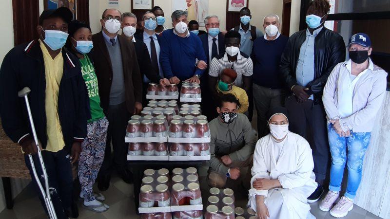 Acli, solidarietà al centro Fernandes con i Pomodori Giò Cuore Campano
